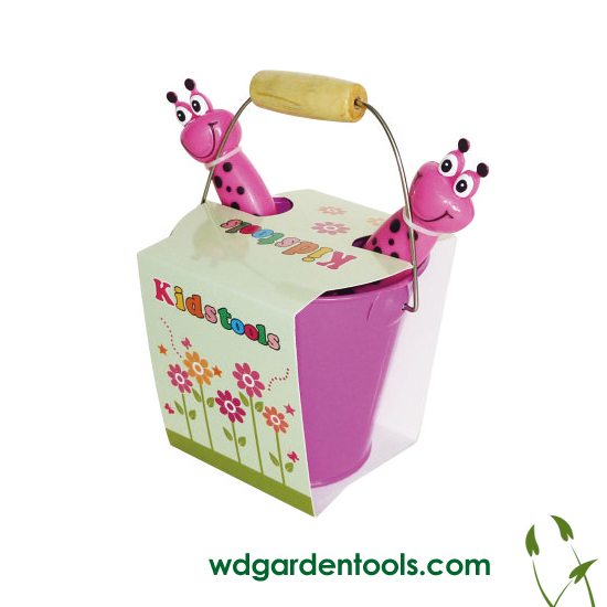 Toddler gardening set